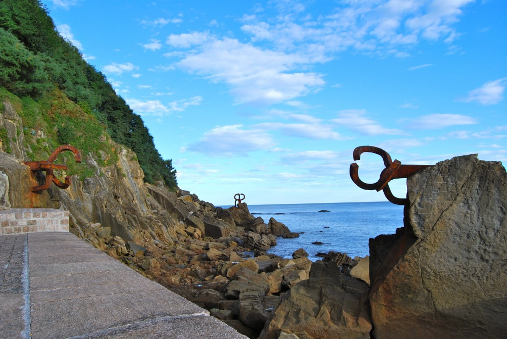 Combs of the Wind Chillida